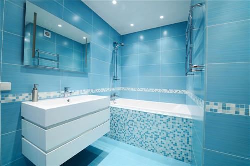 小卫生间色彩搭配效果图 小小卫生间配色有妙招