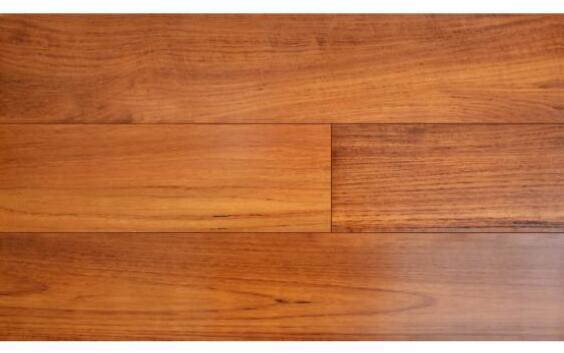 地板砖与地板哪个好 地板砖与地板适合场哪些